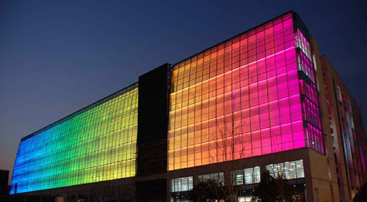 Facade lighting services dubai